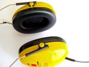 Czym są słuchawki wyciszające?